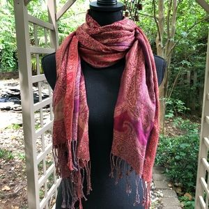Fieldcrest Luxury red and purple printed scarf